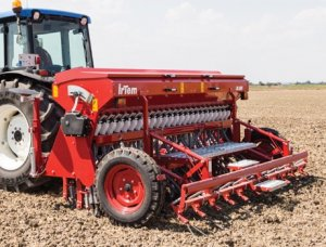 spring-load-seed-drill-with-fertilizer-uyk24